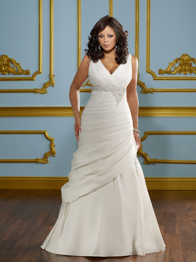 Curvy bride donegal daily for Plus size silk wedding dresses