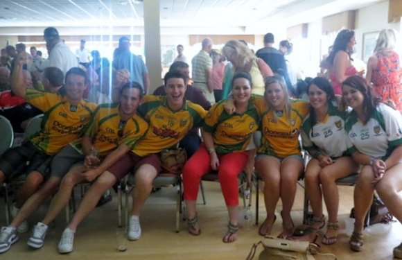 Bound for Boston! There was a great line-up of fans at Donegal Boston GFC