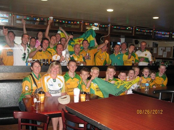 CHICAGO CHEERS! There were enough Donegal people in Cullens for a team and ten subs!