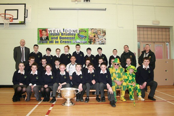 Students from Crana College with Ryan Bradley and Buncrana GAA committe members