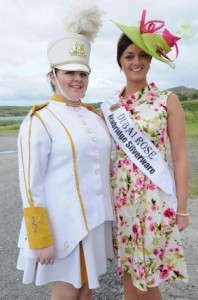 Current Fanad band leader Aishling Shields with former leader and Rose of Dubai Caroline Callaghan.