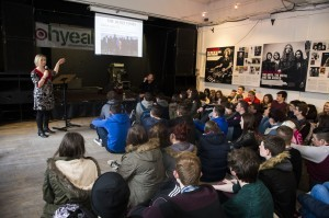 Linda Ervine speaking to the students in the Oh Yeah Centre, Belfast. Photo by Carrie Davenport, Kerrang magazine