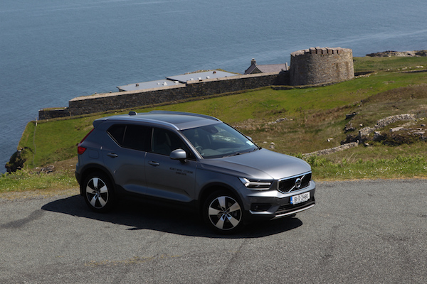 dd motoring a test drive in the volvo xc40 donegal daily. Black Bedroom Furniture Sets. Home Design Ideas
