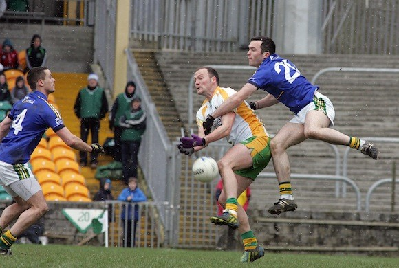 From showman to snowman! Colm McFadden battles Kerry - and the elements