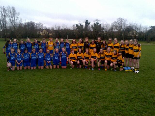 The teams from St Eunan's and Steelstown U14 Girls team who played a friendly over the weekend