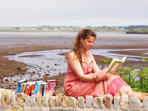 Beautiful weather in Donegal brings out the best of reading Antonia Leitner from Austria enjoys some reading.