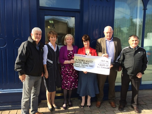 The handing over of the cheque for €20,300.