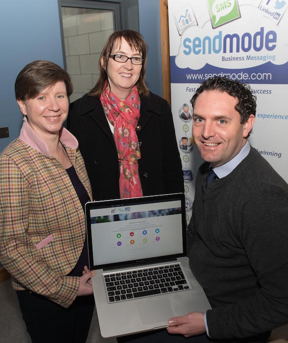 HSE Cancer App- Janet Richmond, Mary Grace Kelly and Barry Murphy, Sendmode.  Photo- Clive Wasson