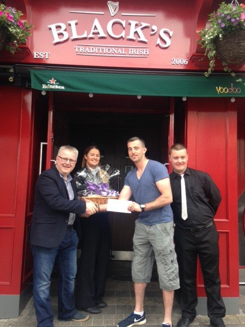 Taking on Mark O Donnell will be opponent Marc Mc Hugh also a Donegal man, pictured above with Voodoo Venue General Manager Philip Ward, Voodoo Lounge Manager Sinead Devine, Bar Attentent Craig Lynch