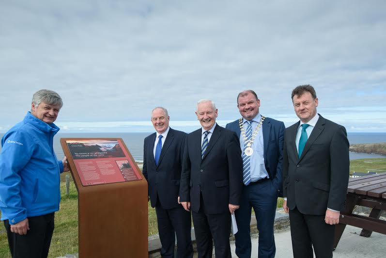 Cllr Brogan at the launch of the viewing point at Cnoc Fola last week