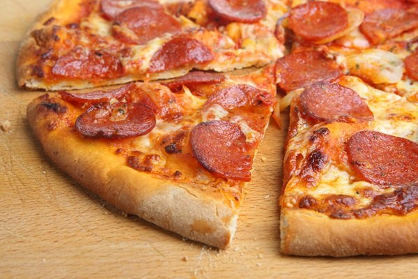 Apache Pizza Letterkenny Offer Best 14 Pizza And Sides For