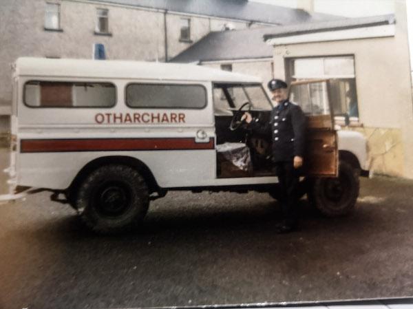 8 Vintage Ambulance Service Buttons